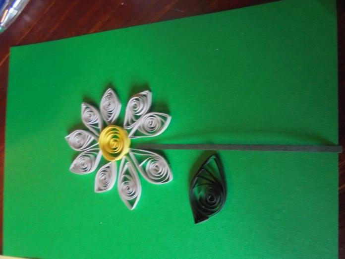 Готовая открытка в технике квиллинг