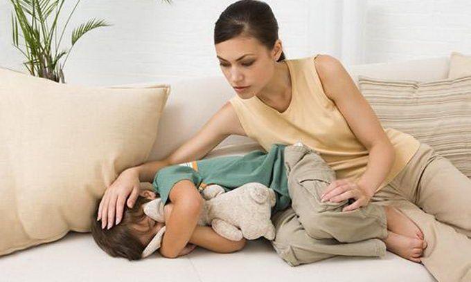 Ребенка рвет болит живот что делать замна термостата на мегане 2