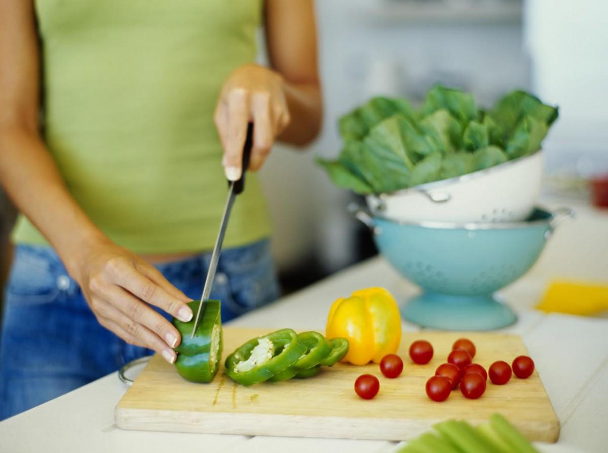 Рецепты салатов с копченой курицей и свежим огурцом
