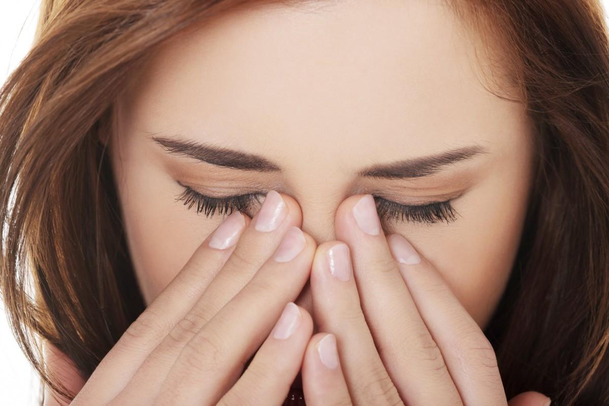 Синдром сухого глаза: симптоматика и способы лечения