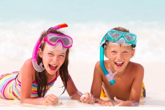 Чем ребенку полезен отдых на море?