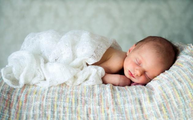 Запоры у новорожденных и грудных детей: причины и симптомы