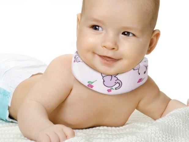 Ортопедический воротник Шанца для новорожденного