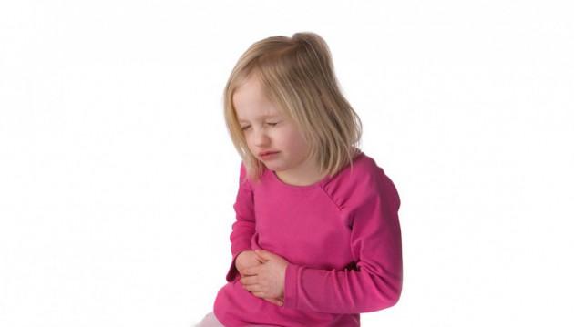 О чем говорят рвота и температура у ребенка школьного возраста?