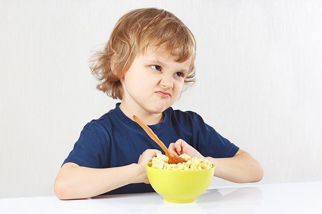 Ваш ребенок плохо ест: что делать?
