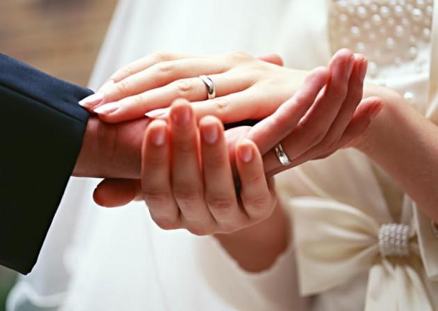 Какие приметы говорят о скором замужестве?