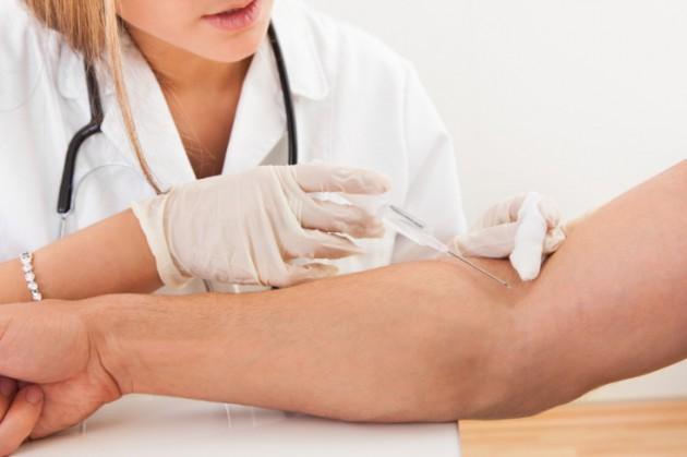 Стоит ли беременной опасаться горячих уколов?