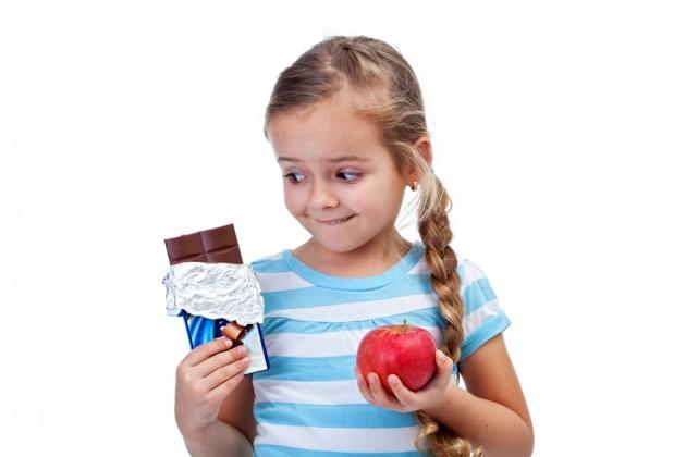 Какие сладости можно давать ребенку без вреда для здоровья?