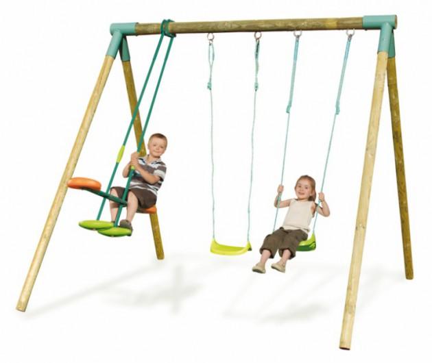 Детские качели для дома и дачи: какие самые безопасные?
