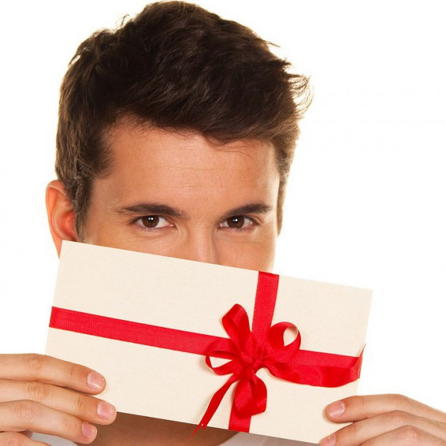 Что подарить на день рождения любовнику, у которого нет жены