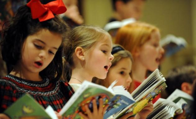 Детские песни к 23 февраля для мальчиков и девочек