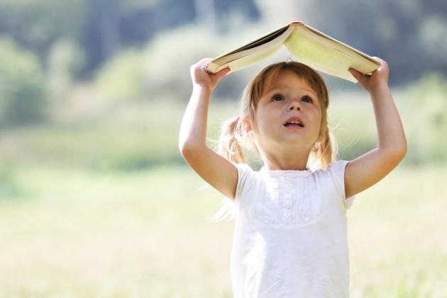 Детские песни к 8 марта для мальчиков и девочек