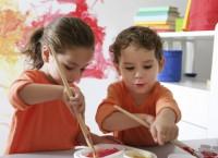 Отдавать ли ребенка в художественную школу?