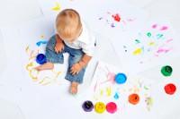 Как помочь ребенку выучить цвета?