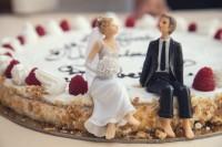 Какой подарок преподнести к годовщине свадьбы?