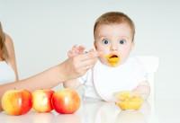 Прикорм при кормлении грудью: что нужно знать родителям