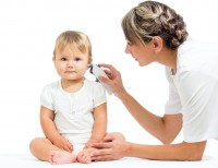 Наружный отит у ребенка: как проявляется, на что обратить внимание?