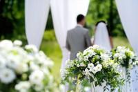 Играть ли свадьбу в июле?