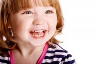 Короткая уздечка верхней и нижней губы: что это и к чему может привести?