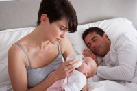 Бессонница при грудном вскармливании: причины и меры по устранению