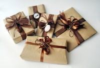 Что подарить мужу на 50 лет - трогательные и полезные подарки