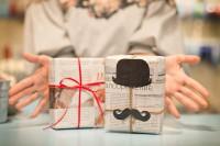 Что подарить женатому любовнику на день рождения, если у него все есть
