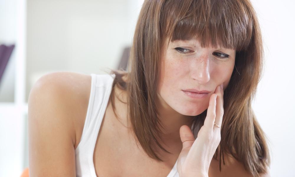 Обезболивающие для кормящей мамы при зубных болях