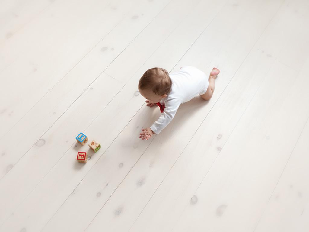 Рекомендации как научить ползать ребенка вперед