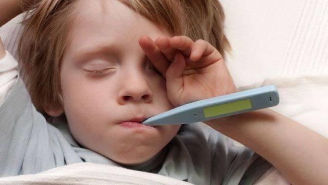 Причины появления температуры после прививки на реакцию манту