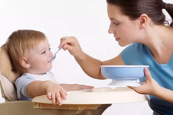 Когда начинать кормить ребенка мультизлаковой кашой