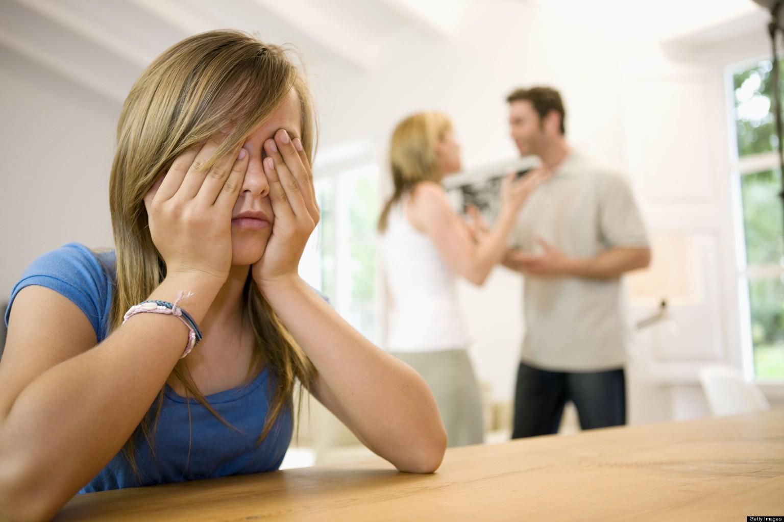 для дочери разрыв родителей - это стресс
