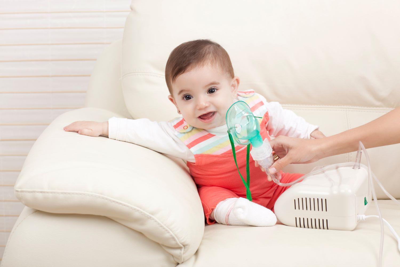 Как лечить мокрый кашель у ребенка небулайзером