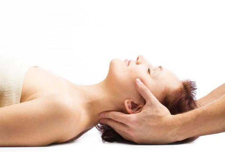остеопат использует мягкие техники воздействия