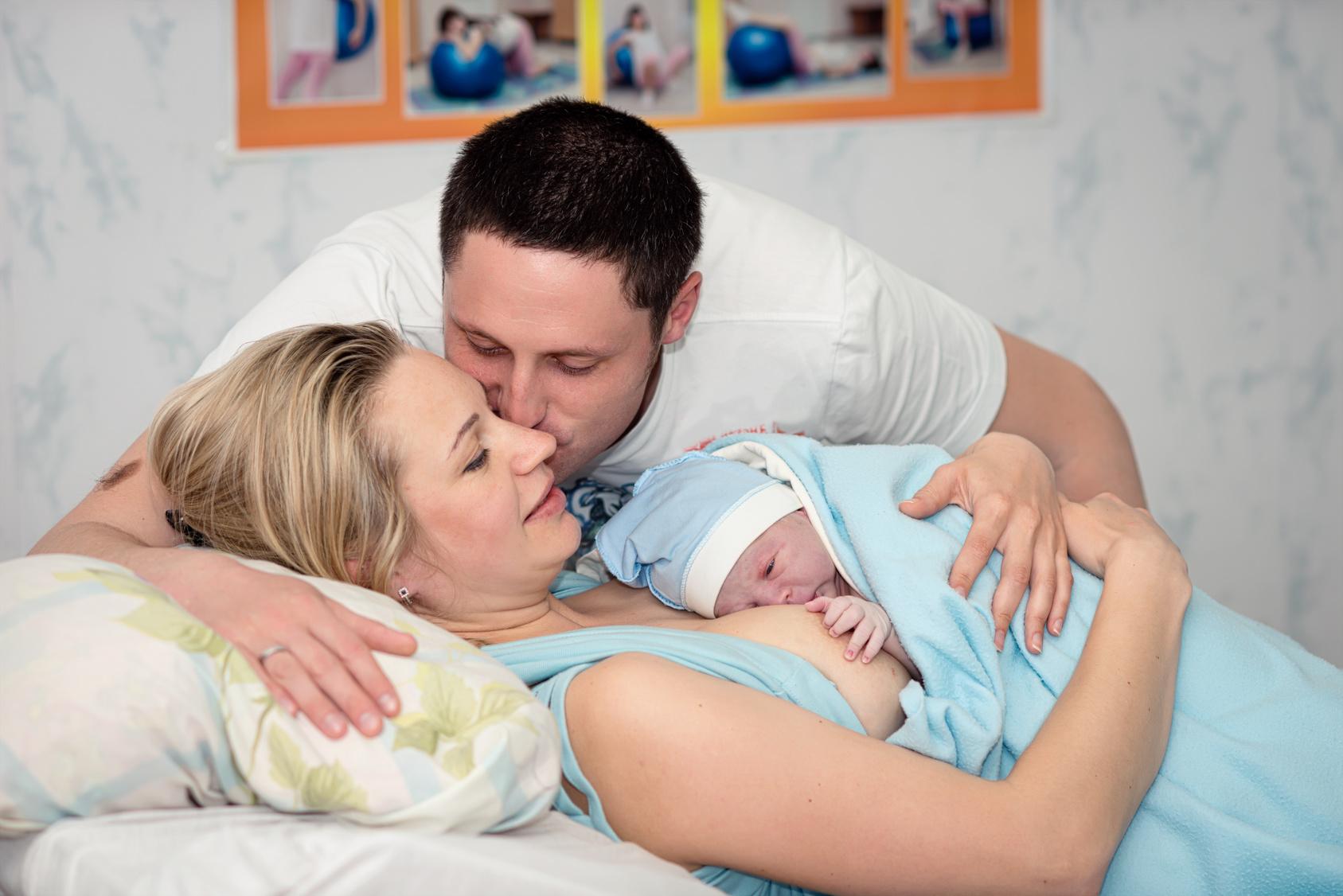 Поздние роды, чего следует опасаться, забеременев после 35 лет